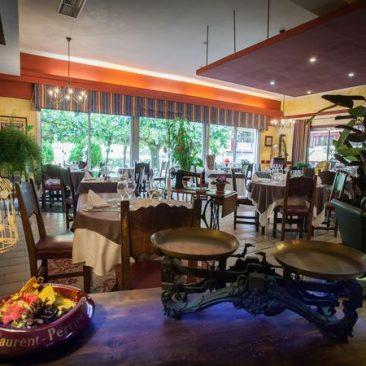 salle du restaurant aramon gourmand près de Perpignan